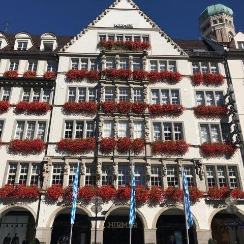 шоппинг в Мюнхене со стилистом в самом большом мужском торговом центре в Мюнхене