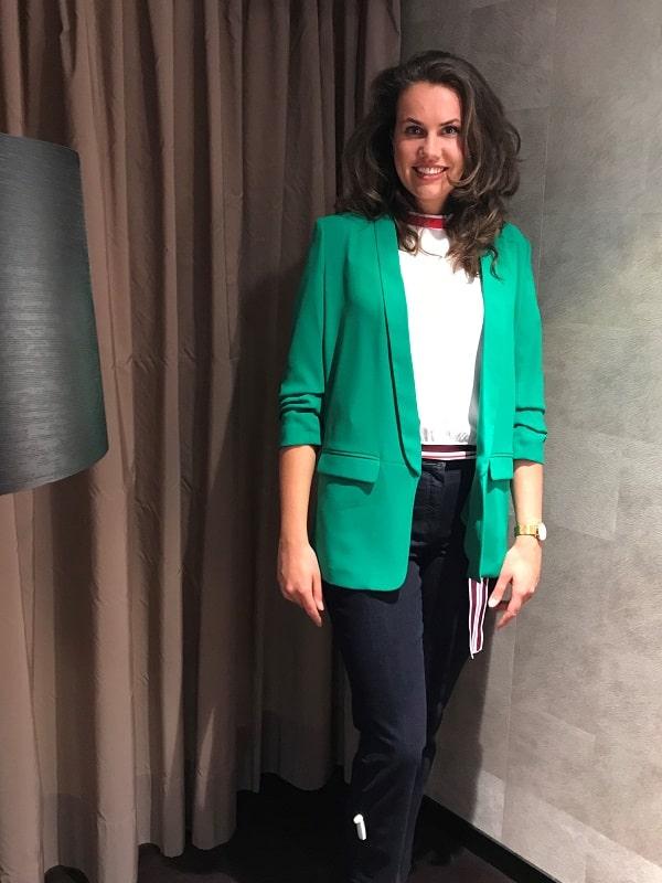 Зеленый пиджак с брюками - Францизска