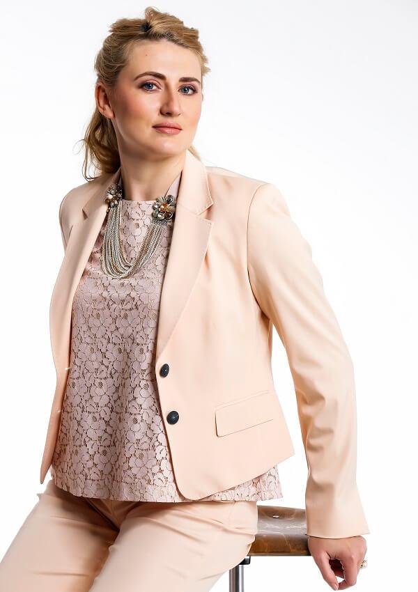 татьяна светлый элегантный костюм - услуги стилиста
