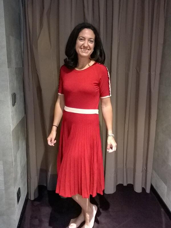 красное платье Кончита