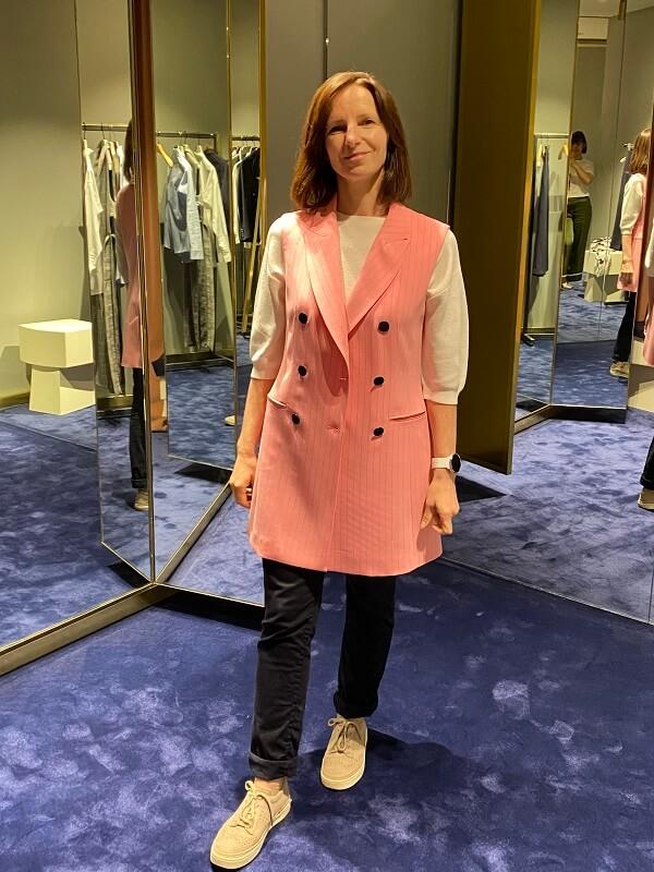 розовый пиджак без руковов
