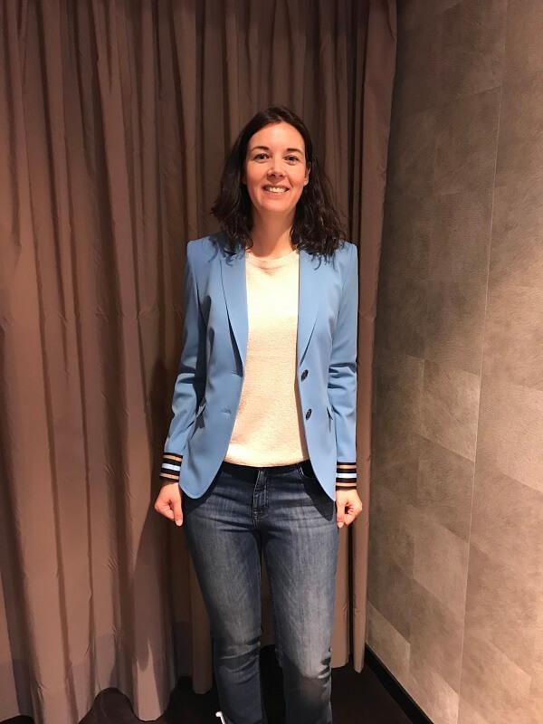 голубой пиджак - нина шоппинг в Мюнхене