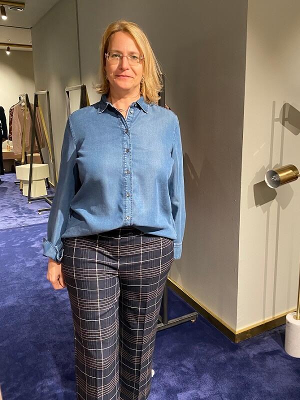 Соня - Джинсовая рубашка и брюки в клетку